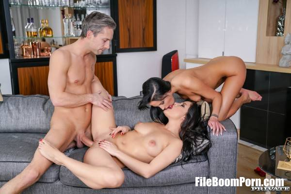 Dolly Diore, Lexi Layo - Ass Licking Threesome (HD/720p/896 MB) Private