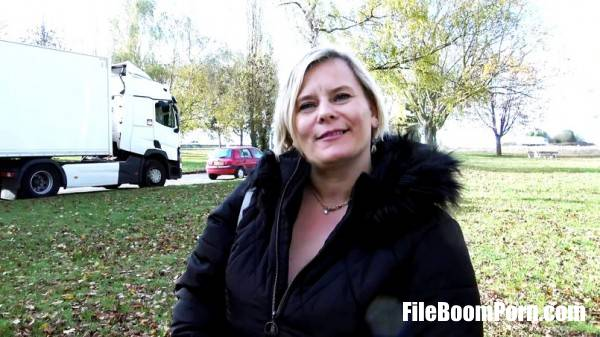 Morgane - Morgane, 44ans, ecume les aires dautoroute (French) (FullHD/1080p/1.15 GB) JacquieEtMichelTV