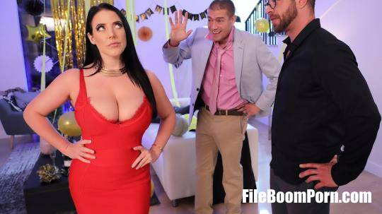 RealWifeStories, Brazzers: Angela White - Fappy New Year [SD/480p/450 MB]