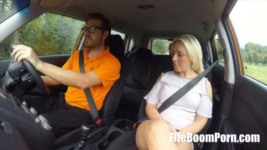 FakeDrivingSchool: Amber Deen - Sexual discount for Scottish babe [SD/480p/516 MB]