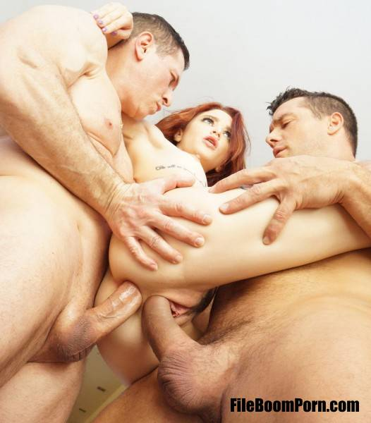 Lola Fae - Tiny Spinner Lola Fae Double Stuffed By Two Big Cocks (SD/480p/686 MB) PervCity
