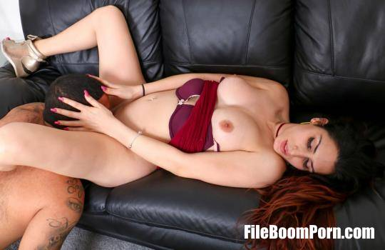 TGirlPostOp: Jenny Conder - Jenny Took A Pounding From Goody! [FullHD/1080p/1.16 GB]