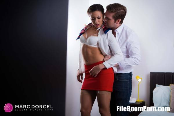 Cassie Del Isla - The stewardess meets the captain (FullHD/1080p/337 MB) DorcelClub