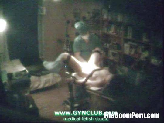 GynClub: Very old examination of video shot with a hidden camera [SD/480p/194 MB]
