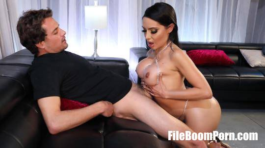 BrazzersExxtra, Brazzers: Lela Star - All That Glitters Is Lela [HD/720p/858 MB]