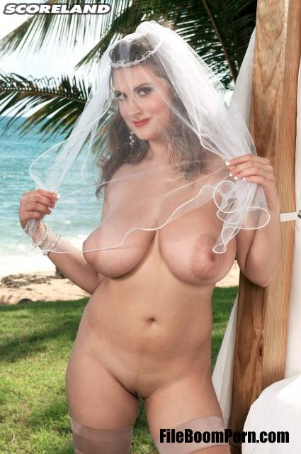 PornMegaLoad,Scoreland: Valory Irene - The Perfect Bride [FullHD/1080p/1.25 GB]