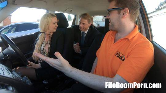 FakeDrivingSchool: Amber Jayne - Reliving Sexual Memories [HD/720p/713 MB]