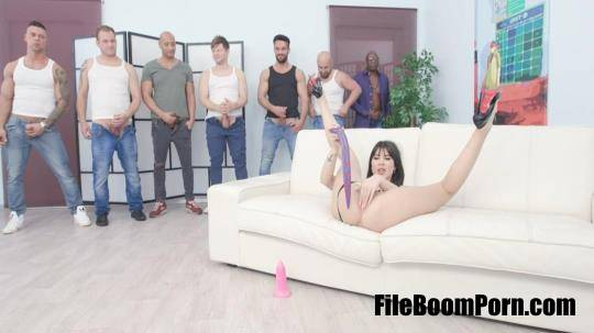 LegalPorno: Lady Dee, Mike, Neeo, Tony Brooklyn, Thomas Lee, Angelo, Michael Fly, Larry Steel - 7on1 DAP gangbang with Lady Dee Balls Deep Anal, Gapes, Creampie and swallow GIO1050 [HD/720p/2.00 GB]