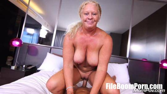 MomPov: Lila - Curvy blonde natural MILF [HD/720p/1.80 GB]