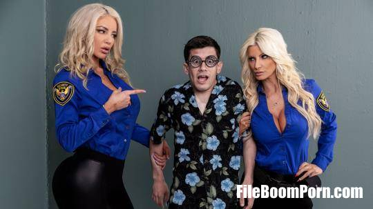BrazzersExxtra, Brazzers: Brittany Andrews, Nicolette Shea - Fucking His Way Into the U.S.A [SD/480p/563 MB]