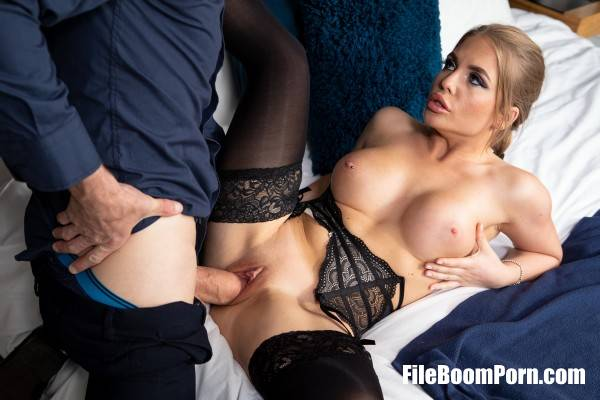 Alessandra Jane - Sex And Stolen Identity (SD/480p/335 MB) Babes