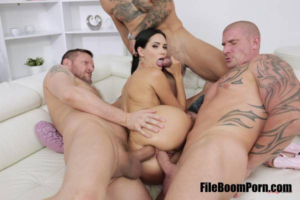 Megan Venturi - Megan Venturi Assfucked By Four Guys With Double Penetration SZ2258 (SD/480p/1.05 GB) LegalPorno