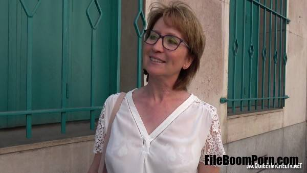 Isabelle - Isabelle, 43ans, institutrice a Orleans ! (FullHD/1080p/1.11 GB) JacquieetMichelTV