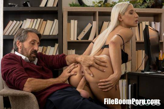 Abella Danger - Hands-on Learning  [HD/720p/592 MB] Babes
