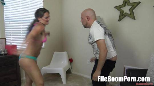 HdFemdomSuperstore: Ballbusting By Miss Savannah [FullHD/1080p/314.83 MB]
