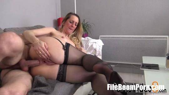 Louise - Louise, 42, Expert In Perversion! [SD/480p/287 MB] JacquieetMichelTV, Indecentes-Voisines