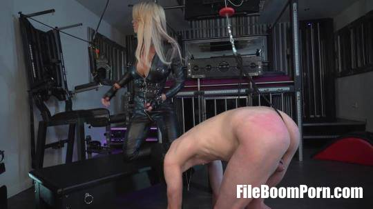 WelcomeToCaleaToxic: Calea Toxic Obedience Leather Worship [FullHD/1080p/307.75 MB]