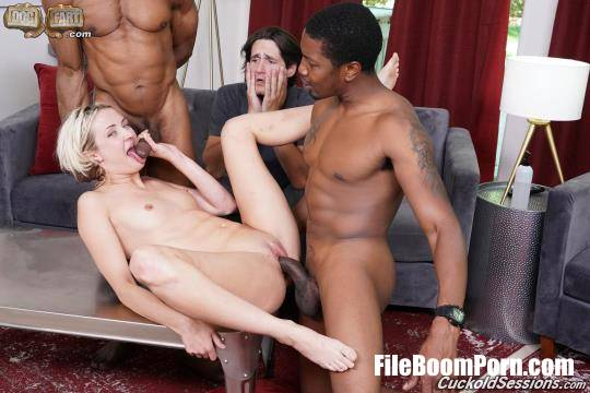Zoe Sparx - Cuckold Sessions [FullHD/1080p/2.81 GB] CuckoldSessions, DogFartNetwork