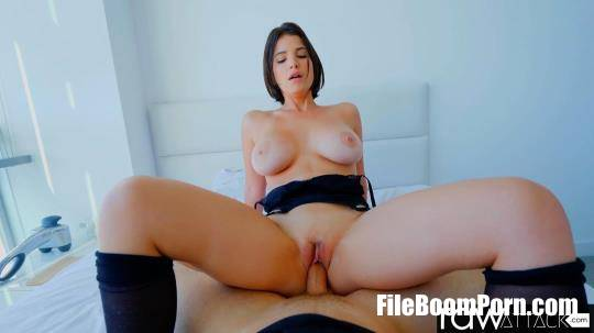 La Sirena - Busty And Bubble Butt Latina Beauty Is A Cock Lover [FullHD/1080p/1.37 GB] RawAttack