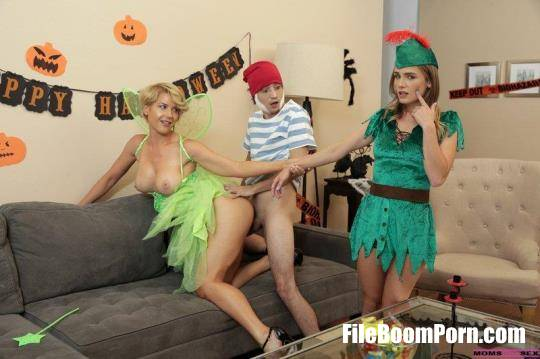 Kit Mercer, Natalie Knight - What Happened With My Stepmom On Halloween [FullHD/1080p/1.73 GB] MomsTeachSex