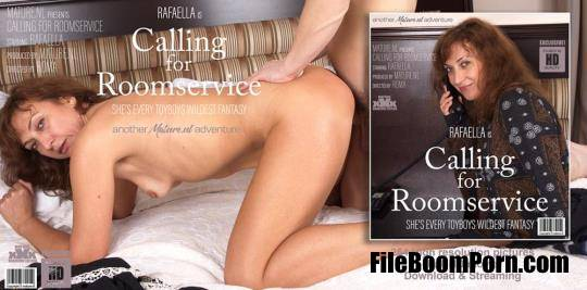 Mature.nl: Rafaella (47) - Mature Rafaella wanted some extra roomservice from her toyboy [HD/720p/428 MB]