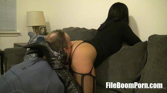 Clips4sale: Goddess Zephy - Lick My Asshole, Slave [FullHD/1080p/392.8 MB]