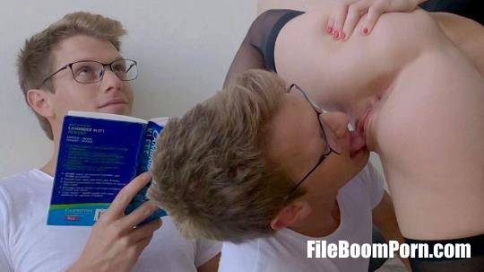 Pornhub, MrPussyLicking: Nerdy Boy Gets His Lesson from Dominant GF - She Fucked My Face - MrPussyLicking [FullHD/1080p/116 MB]